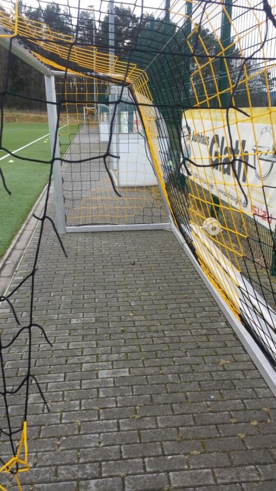 Vandalismus am Sportplatz in Vettelhoven