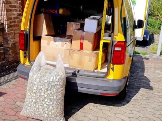 250 kg Kronkorken helfen krebskranken Kindern